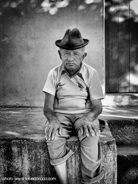 mestre vitalino pernambuco brasile ceramica terracotta alto do mouro
