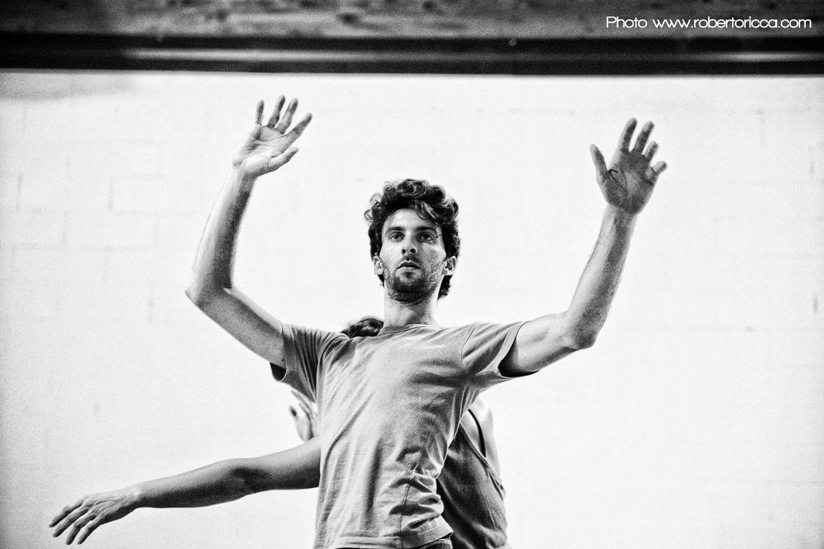 roberto ricca fotografo reportage brescia teatro danza container12 scuola di danza brescia compagnia manuela bondavalli no frills workshop e formazione