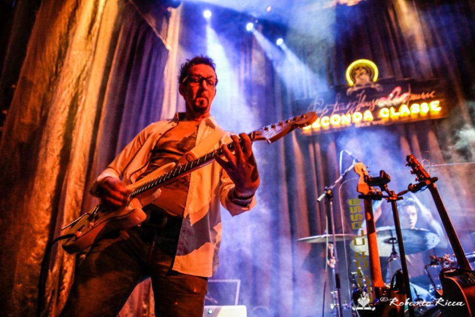 reportage seconda classe nightlife brescia vita notturna band live concerto