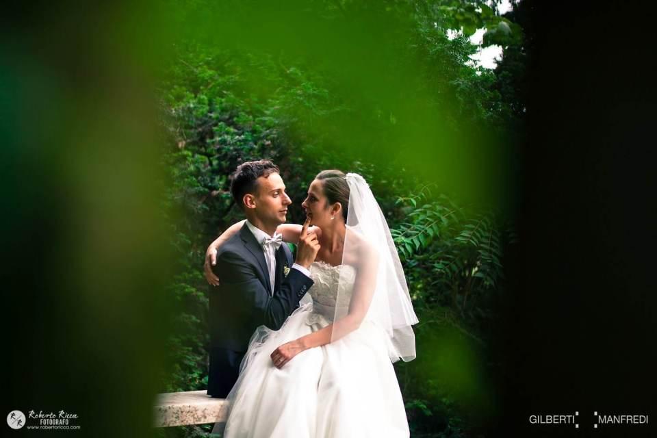 foto di coppia, matrimonio, location, giardino, vignetta