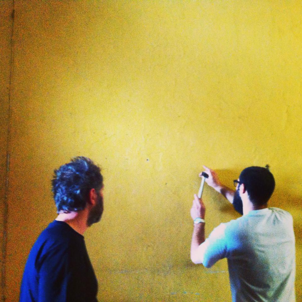 preparazioen mostra di fotografia a Brescia Il Tempo nel Mezzo