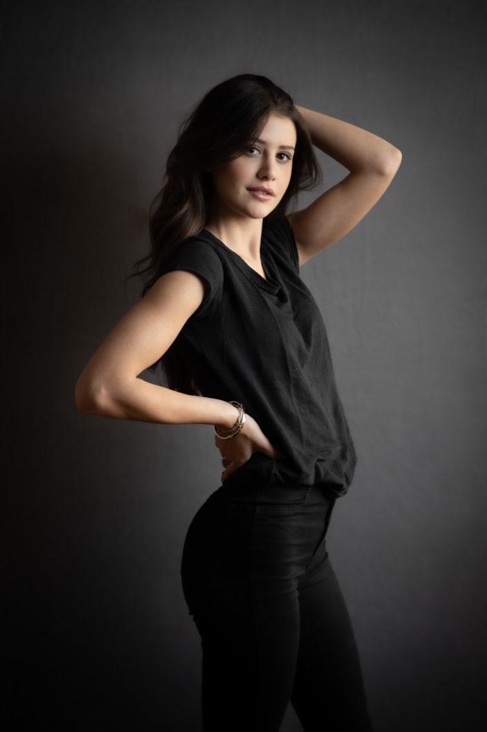 book fotografo per modella e attrice in studio a Brescia